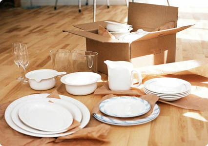 How to Safely Pack Your own Crockery